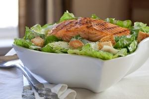 Grilled_Salmon_Caesar_Salad-3