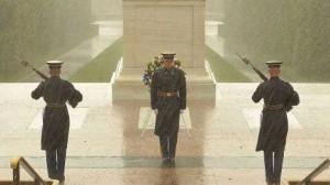 ht_facebook_uknown_tomb_soldier_rain_tomb_thg_121029_wblog