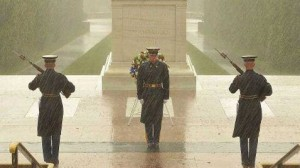 ht_facebook_uknown_tomb_soldier_rain_tomb_thg_121029_wblog